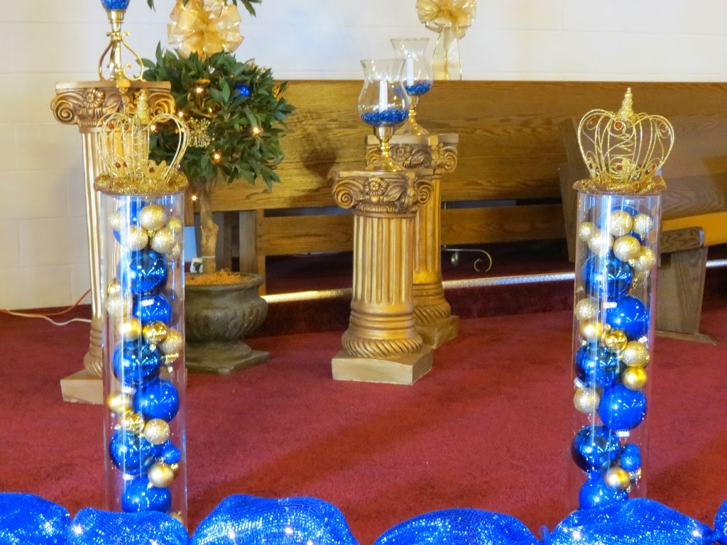 instead of doing the typical pink princess party we chose royal blue and gold we were blessed beyond measure that these are the most popular christmas - Royal Blue And Gold Christmas Decorations