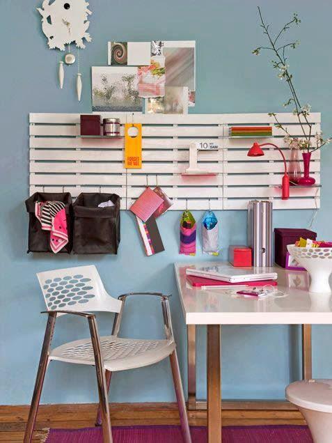 Mobiliario, organizadores y detalles funcionales... todo reciclado ...