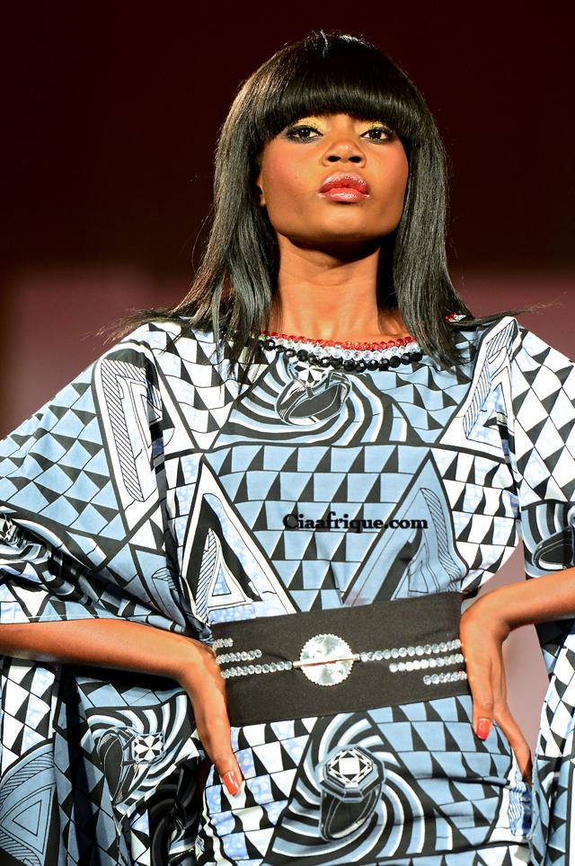 Styliste Ivoirien eloi sessou / Créateur de mode africaine sur ciaafrique-kitenge dress