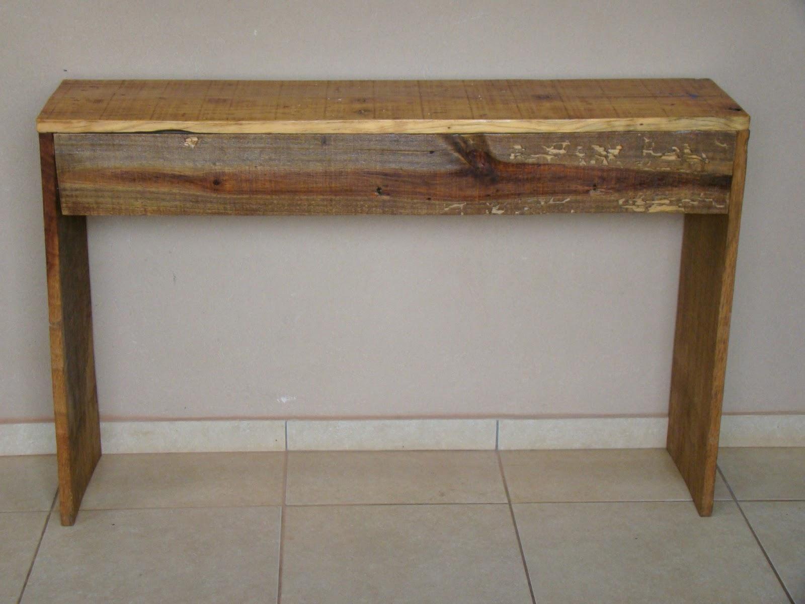 Baseada na Reciclagem: Painel Suporte de tv/parede de palletes #473320 1600x1200
