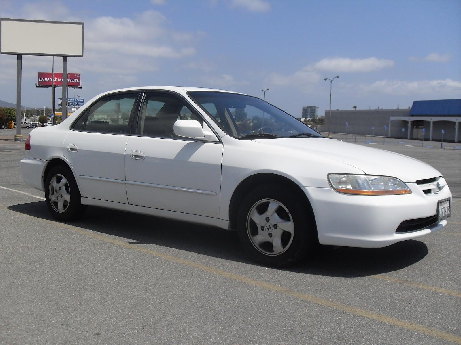2000  Honda   Accord EX  White    T TAK Auto Service