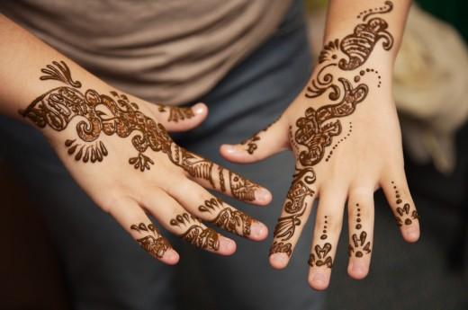 Mehndi Hands Profile Pics : Neha verma