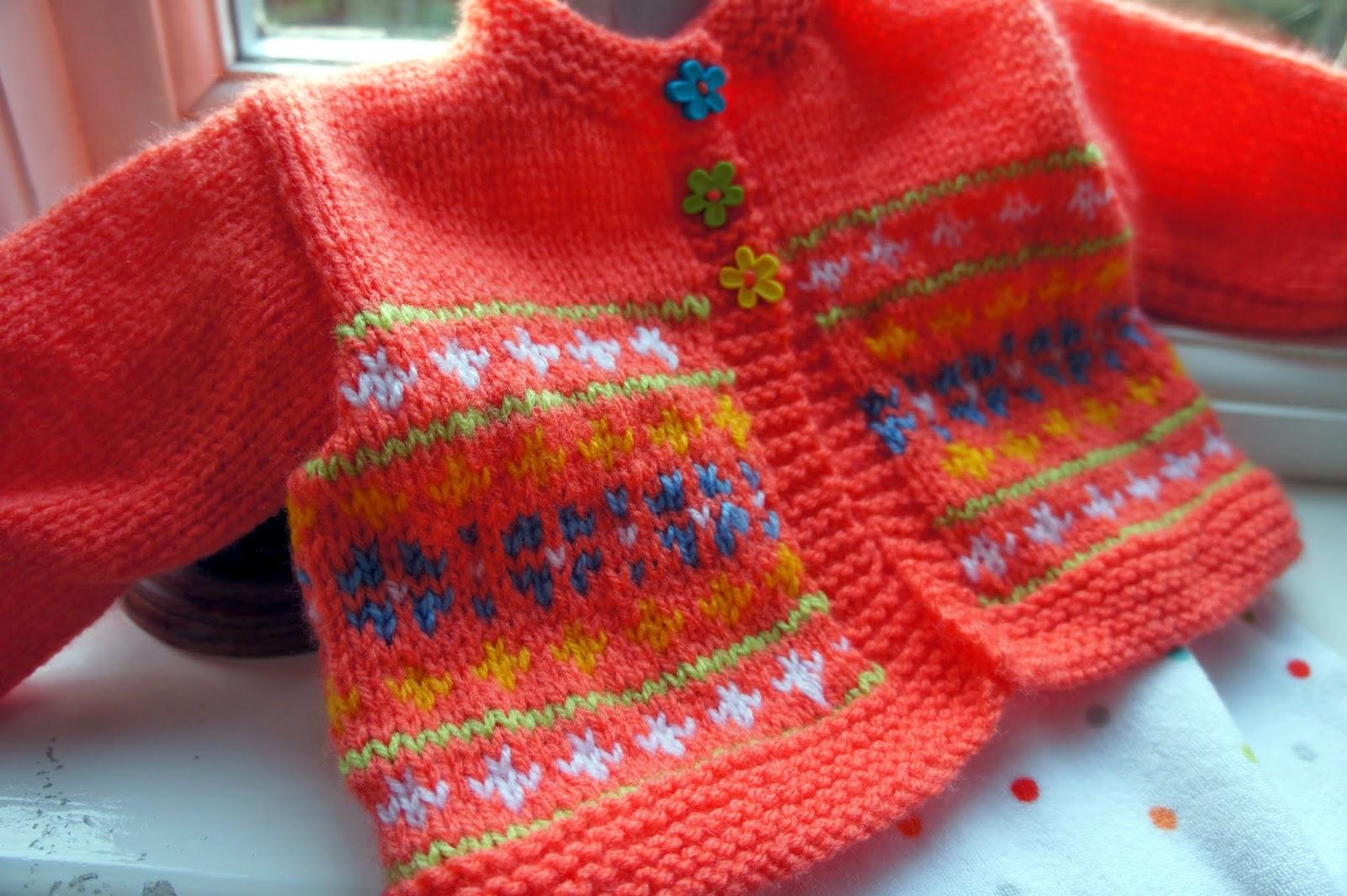 GRANNYS WORLD: Knitting - a splash of spring