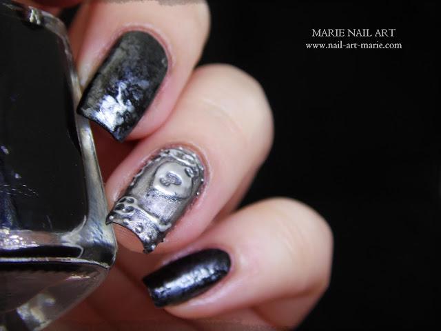 Nail Art effet Métal Ancien en 3D4