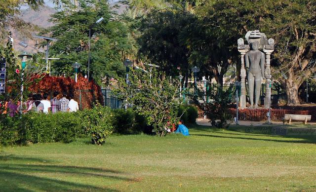Tall Jain sculpture at the museum