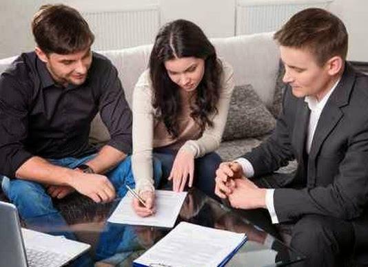 La renégociation d'un prêt immobilier auprès de sa banque peut parfois s'avérer compliquée