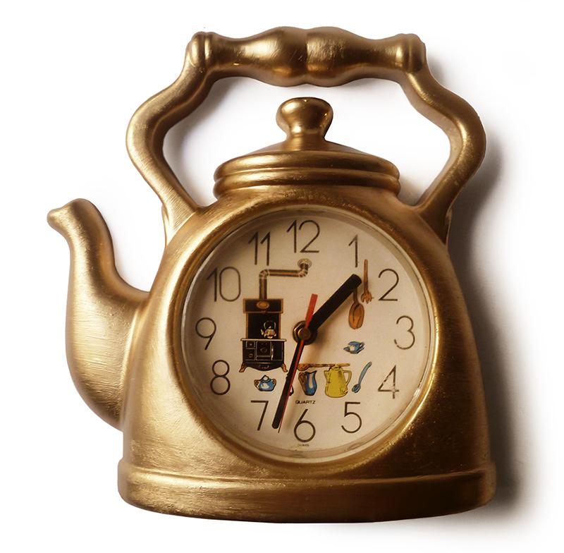 Bonito reloj de pared de cocina dorado dise o pop tetera - Reloj cocina diseno ...