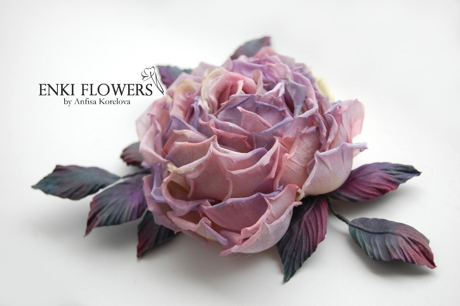 Как сделать из шелковой ткани цветы