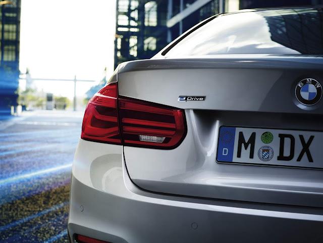 BMW 330E - híbrido plug-in