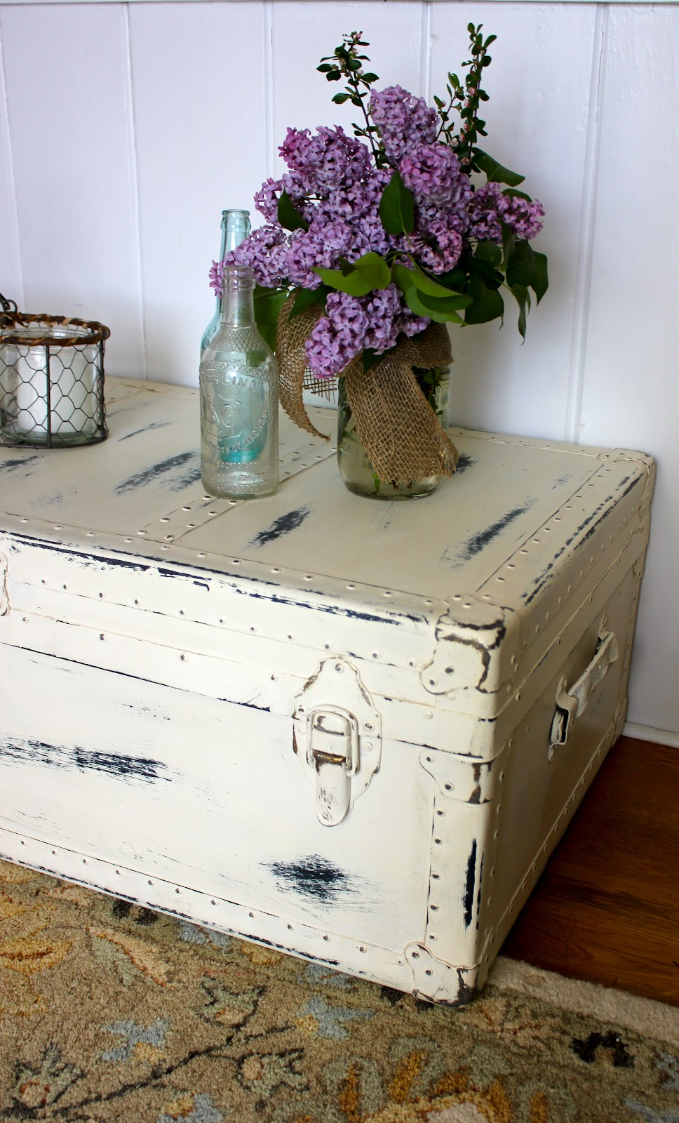 My passion for decor neglected steamer trunk makeover i adore how the painted hardware turned out geotapseo Image collections