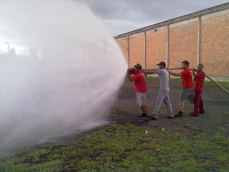 Treinamento de brigadistas ( brigada de incêndio )