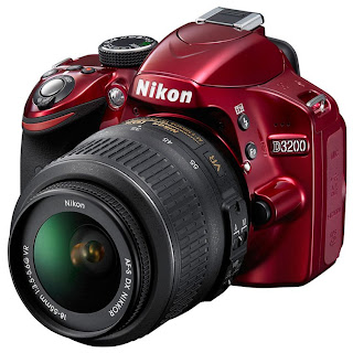 Nikon D3200 - Lensa Kit 18