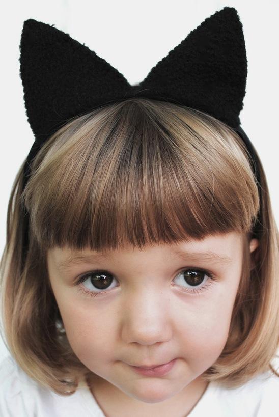 Cómo hacer orejas de gato para un disfraz de Halloween