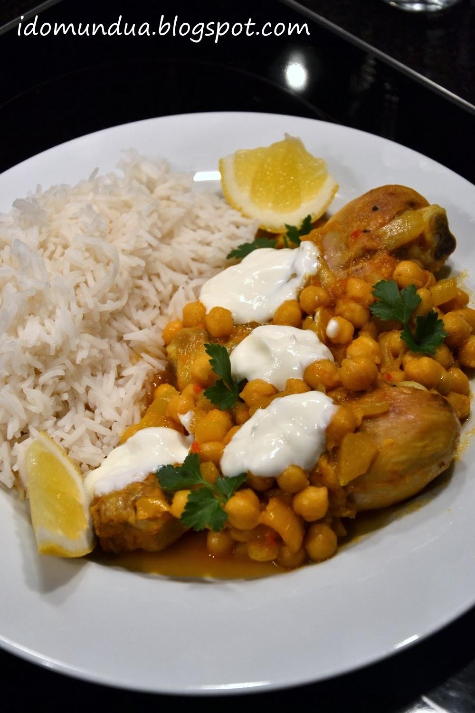 Pollo al curry con garbanzos
