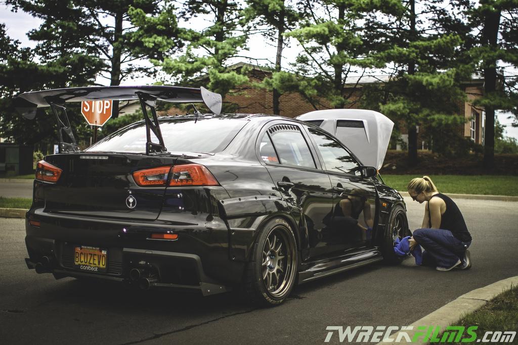 Mitsubishi Lancer Evolution X, laski i sportowe japońskie fury, fotki