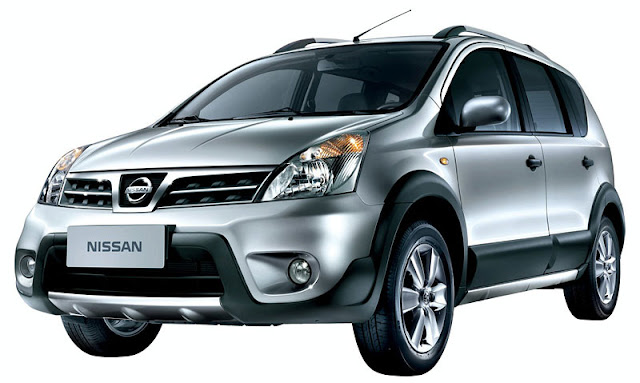 bodi depan Mobil Nissan Livina