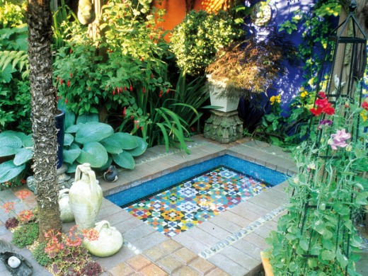 Decora o de jardins pequenos ideias decora o mobili rio for Amazing small garden designs