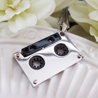 Creative and Unusual Necklaces (15) 7