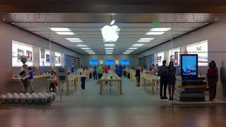 La información fue dada a conocer por MacRumors y Apple Insider. Y el shoping más grande será en México DF.