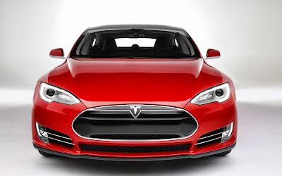 2013 Tesla Model S front