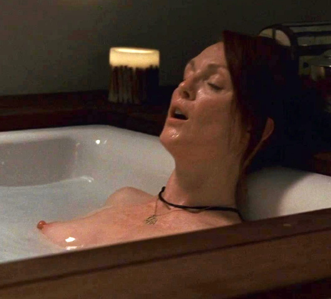 Julianne Moore Naked Pic