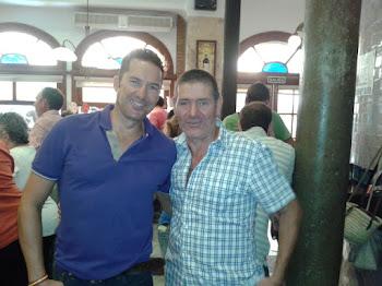 Pablo Santos, campeón el, su hijo...(casi 20 años después, en el Óliver-bar- granaíno. 08.09.12-)