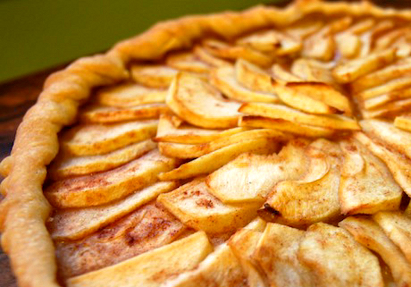 Rustic Apple Tart with Caramel Pecan Sauce