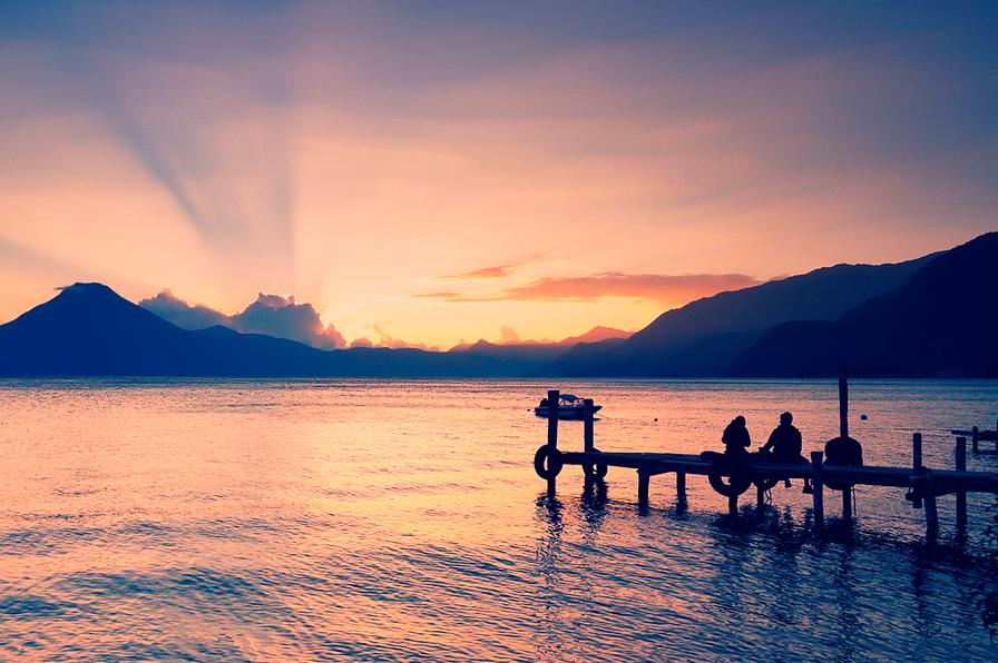 20 lugares que deberías visitar en Latinoamérica, Lago Atitlán, Guatemala