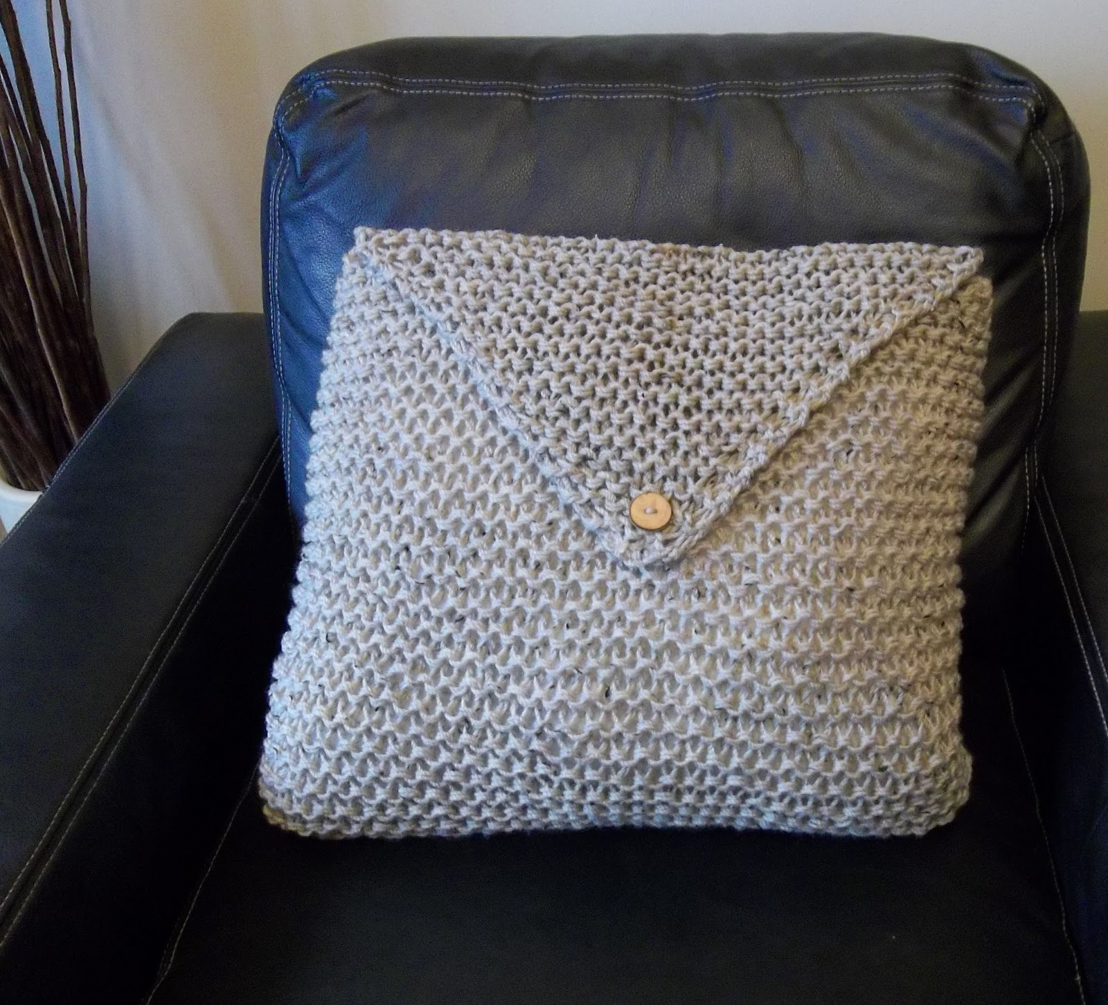 The Big Knit Cushion. Hand Knitting Pattern