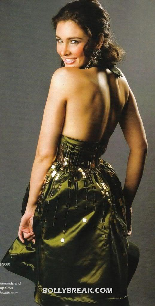 Lisa Ray Backless dress - (5) - Lisa Ray Busty Magazine Hot Pics