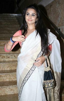 Vidya Balan Gargeous look in Sabyasachi Designer Saree at Lakme Fashion Week