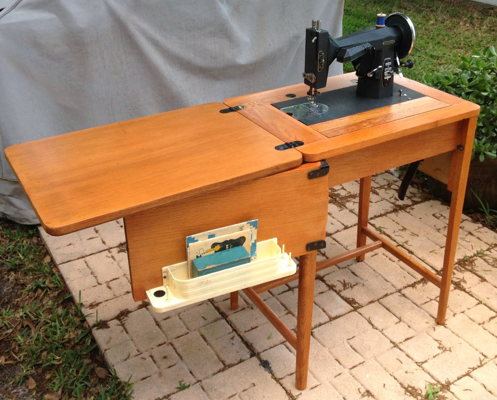 Design Originals by KC: 1940s Kenmore Sewing Machine ~ For Sale :)