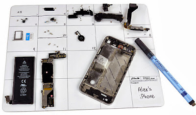 magnetic work mat to avoid losing screws, nuts, etc.