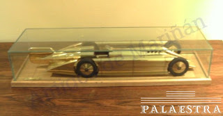Maqueta do Golden Arrow
