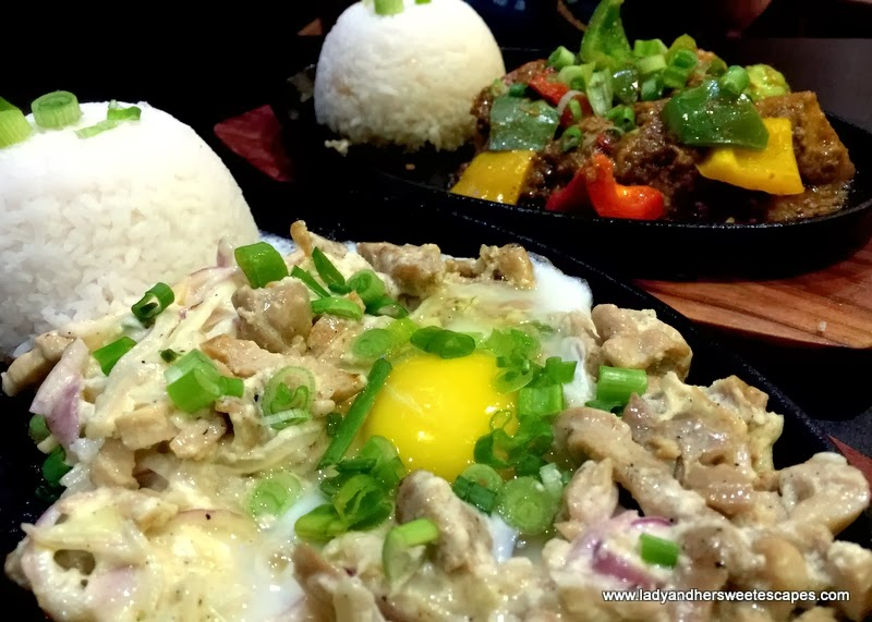 chicken sisig and beef caldereta at Soy and Pepper Reef Mall