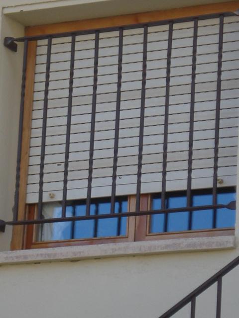 Balcones barandillas de forja de dise o rejas para - Rejas para balcones ...