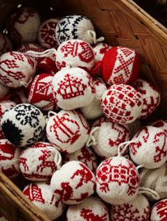 новогодние шарики в норвежском стиле