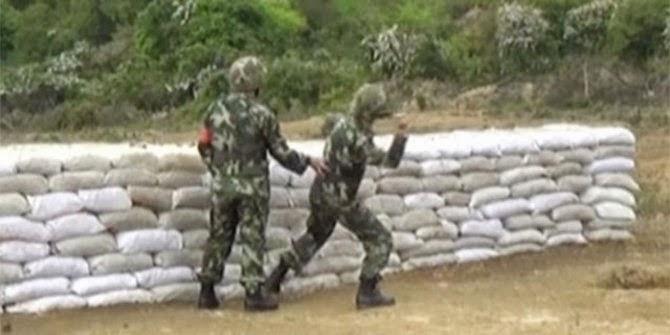 5 Aksi Konyol Tentara Saat Gagal Melempar Bahan Peledak