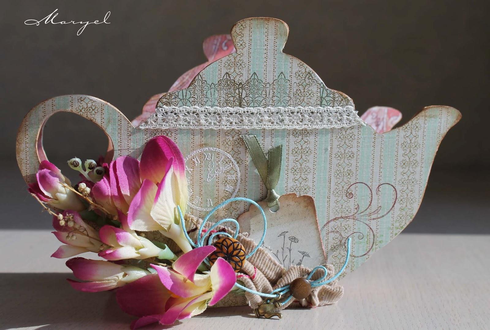 Чайный домик в виде чайника