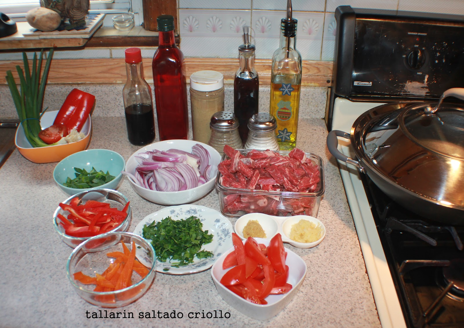 Amiestiloperu tallarines saltados estilo criollo peru for Ingredientes para cocinar
