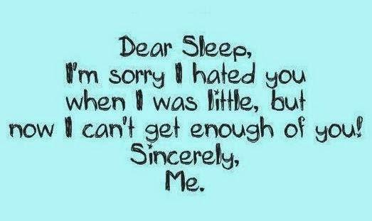 Sebuah gambar background waran biru yang tertulis pantun untuk orang yang susah tidur malam.