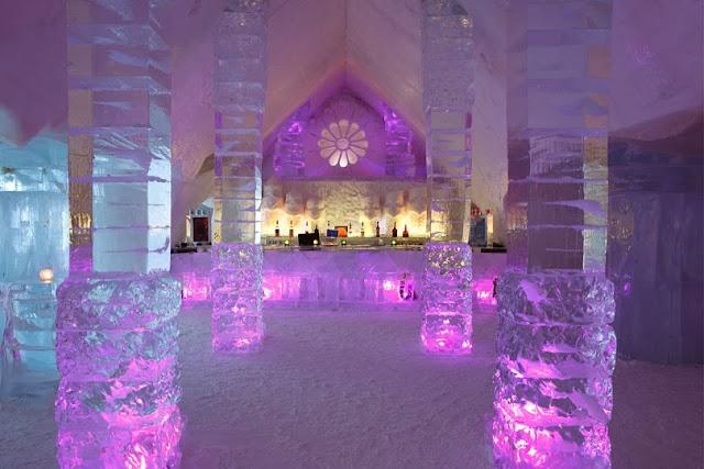Hotel de Glace - Bar construido solamente con hielo