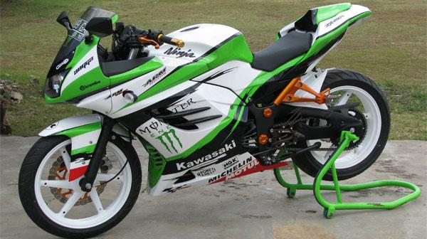 Motor Kawasaki Ninja 250 Modifikasi