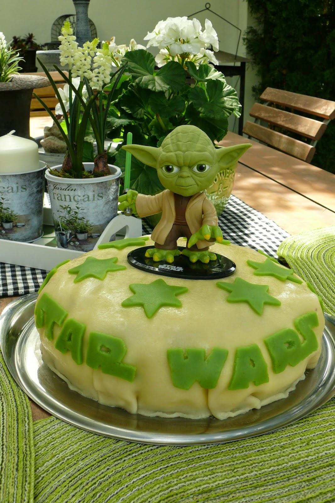 Stilspur Eine Star Wars Torte Und Ein Blumensegen