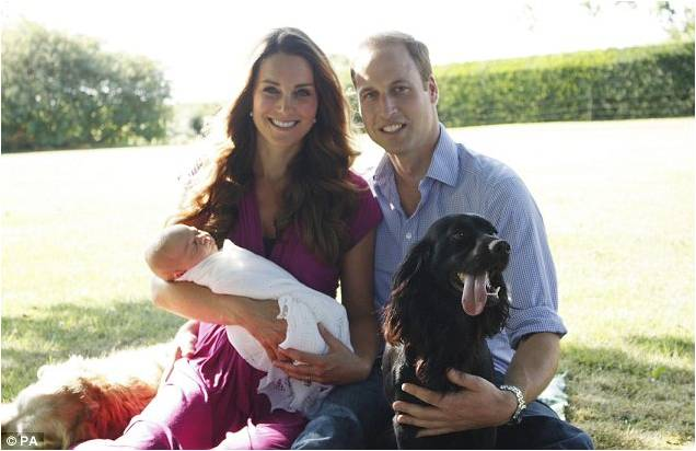 Celebrity Looks: Duchess of Cambridge, Kate Middleton wears Seraphine for first family photo