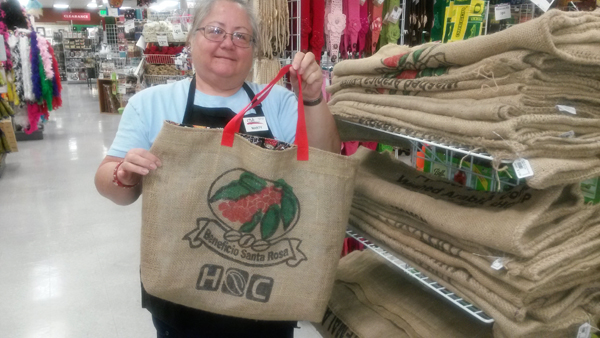 Eco-Chic Shopping Tote @craftsavvy #craftwarehouse #shoppingtote #bag #diy