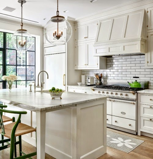 Cottage Kitchen Countertops: Cottage Flavor: White Cottage Kitchens