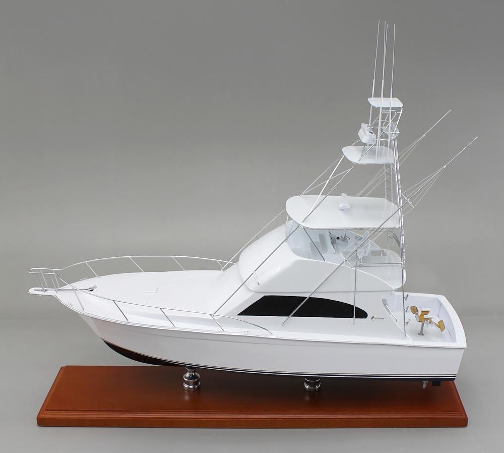 24 desktop model of an egg harbor 50 sport fishing boat for Model fishing boats