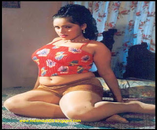 Reshma Mallu Aunty Hot In Red Navel Bikini Pictures Images