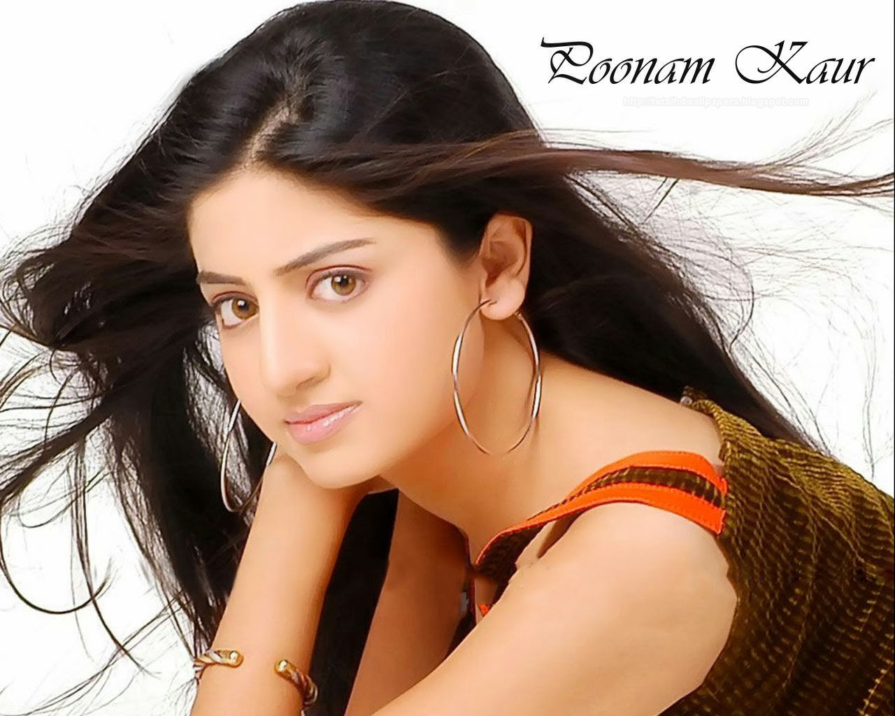 poonam kaur hd wallpapers ~ hd pictures wallpapers